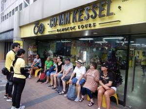 Co van Kessel fietsen in Bangkok