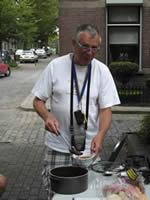 Theo Tromp koken onderweg
